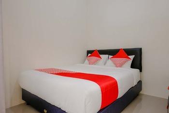 OYO 2798 Semeru Residence Syariah Jember - Saver Double Room Promotion