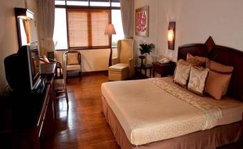 The Valley Resort Hotel Bandung - Deluxe Double With Breakfast Gratis Takjil & Sahur