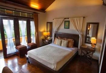 The Valley Resort Hotel Bandung - Deluxe Room Double Bed With Balcony Regular Plan