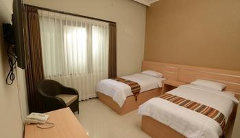 Villa Puri Teras Lembang - Standard Room - Double or Twin-bed with Breakfast Regular Plan
