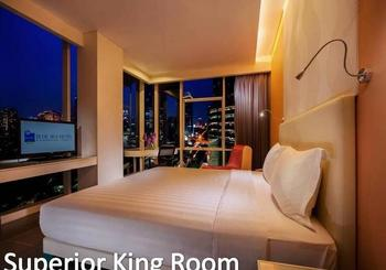 Blue Sky  Petamburan - Superior King with Breakfast  Special on Weekend