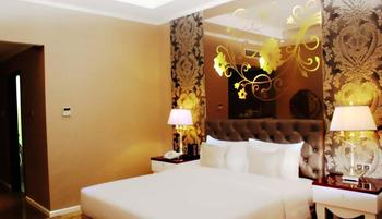 Sutan Raja Hotel Bandung - Deluxe with Breakfast Regular Plan