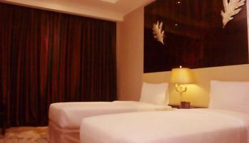 Sutan Raja Hotel Bandung - Deluxe Twin Bed with Breakfast Regular Plan
