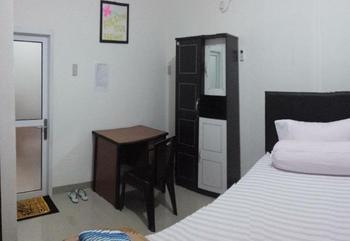 Radial Mas Resto & Kost Palembang - King Size Bedroom    Minimum Stay 7 Night