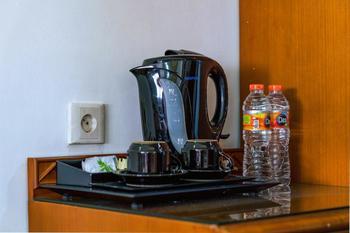 Sofyan Hotel Cut Meutia Menteng - Superior With Breakfast Big Deal - 2018