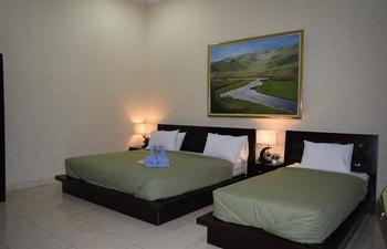 Roemah Canting Homestay Yogyakarta - Family Room Regular Plan