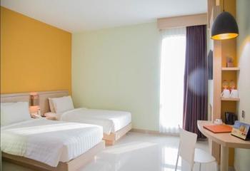 Infinity Hotel Jambi By Tritama Hospitality Jambi - Deluxe Twin Room Regular Plan
