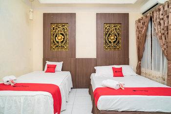 RedDoorz near Uniska Banjarmasin Banjarmasin - RedDoorz Twin Room with Breakfast Breakfast
