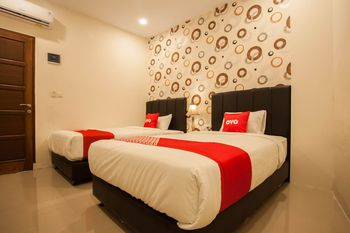 OYO 1522 Residence Anugrah Medan - Standard Twin Room Regular Plan