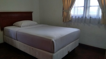 Hotel Parama Puncak - Cottage Room Only Regular Plan