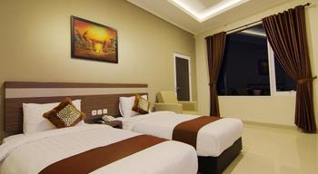 Hotel Raffleshom Bandung - Deluxe Twin Room Only Regular Plan