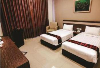 Hotel Raffleshom Bandung - Deluxe Twin With Breakfast Regular Plan