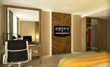 Grand Tjokro Balikpapan - Executive King Bed With Breakfast Regular Plan