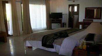Family House Lombok - Deluxe Room Regular Plan