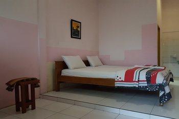 OYO 3693 Kopi Klotok Homestay Syariah Magelang - Standard Double Room Regular Plan