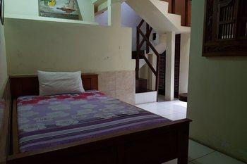 OYO 3693 Kopi Klotok Homestay Syariah Magelang - Standard Family Room Regular Plan