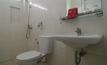 RedDoorz @ Rejosar Semarang - RedDoorz Room Regular Plan