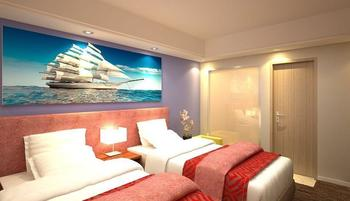 Travellers Hotel Phinisi Makassar - Deluxe No Window Twin With Breakfast Promo Stay HEPI
