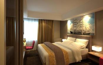 Travellers Hotel Phinisi Makassar - Deluxe Double - Room Only Regular Plan