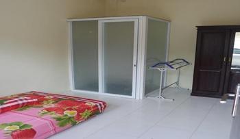 Homestay Syariah by Hana Banjarbaru - Standard Fan Regular Plan
