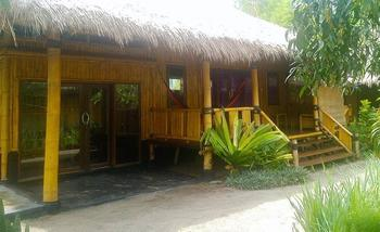 Rinjani Beach Eco Resort Lombok - Family Bungalows Regular Plan