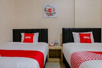 OYO 1293 Dei Residence Arjosari Malang - Deluxe Twin Room Regular Plan