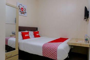 OYO 1293 Dei Residence Arjosari Malang - Standard Double Room Regular Plan