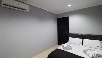 RedDoorz @Radio Dalam 2 Jakarta - RedDoorz Room Special Promo Gajian