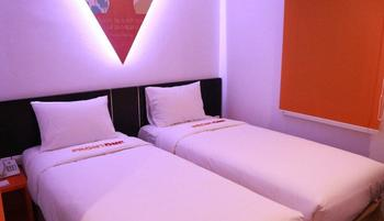Front One Inn Semarang Semarang - superior Room Only Saved 12%