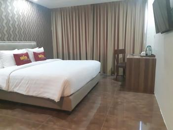 Win Premier Hotel Mangga Besar Jakarta - Superior King Room Breakfast Regular Plan