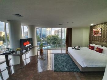 Win Premier Hotel Mangga Besar Jakarta - Junior Suite Regular Plan