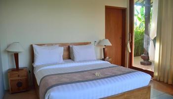 Anyar Sari Villa Canggu Bali - Three Bedroom Pool Villa Limited Time Offer
