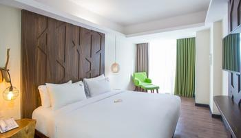 MaxOneHotels at Ubud Bali - Max Happiness Room with Breakfast Basic Deal 22%
