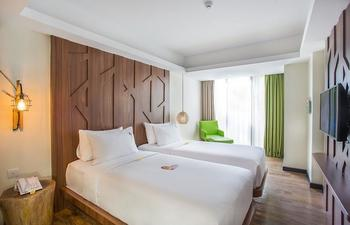 MaxOneHotels at Ubud Bali - Max Happiness Room with Breakfast Basic deals Promo