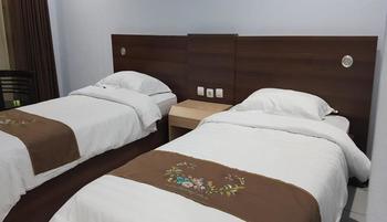 Mandalawangi Hotel Tasikmalaya - Standard Room Only HAPPY HOLIDAY FREE 10%