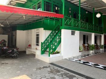 Rumah Kayu by Symphony Yogyakarta - Full House 6 Bed Regular Plan