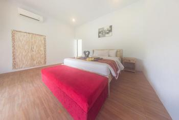 Agung Wiwin Bungalows Bali - Deluxe Bungalow Regular Plan