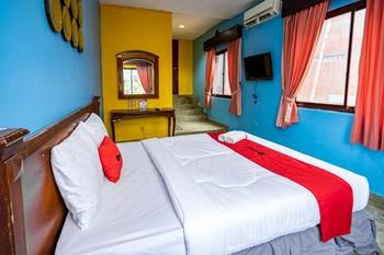 RedDoorz near Istana Bogor Bogor - RedDoorz Premium Regular Plan