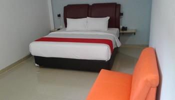 MJ's Hotel Jambi - Superior Room Breakfast Pegipegi Promo