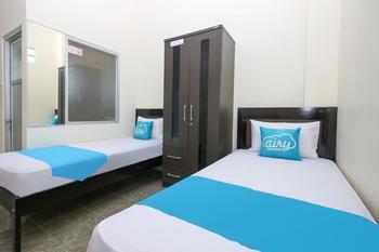 Airy Eco Syariah Bandara Sepinggan Baru 101 Balikpapan - Standard Twin Room Only Special Promo 7