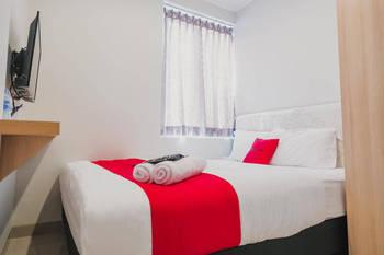 RedDoorz Plus near Soekarno Hatta Airport Taman Mahkota Tangerang - RedDoorz Suite Last Minute Deal