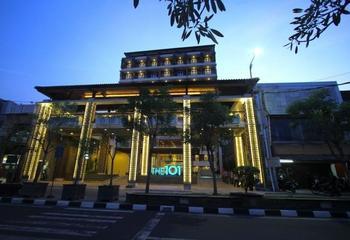 THE 1O1 Yogyakarta Tugu