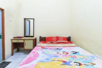 Erysa Hotel Surabaya - Small Double Room Minimum Stay 40%