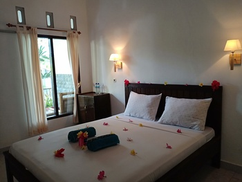 Thairiffic Homestay Lombok - Double Room with AC Regular Plan
