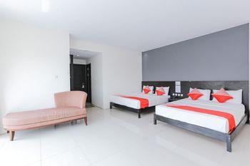 Capital O 1246 Hotel Grand Pacific Pangandaran - Deluxe Family Room Regular Plan