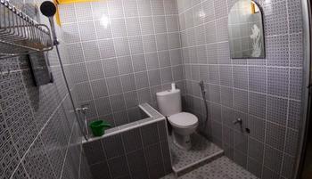 Wisma Mutiara Padang - Single Room (Harga satu orang) Regular Plan