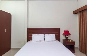 RedDoorz @Danau Tondano Sanur - RedDoorz Room Special Promo Gajian