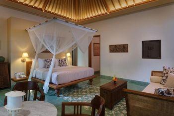 Tandjung Sari Hotel Bali - South Garden Bungalow LAST MINUTE