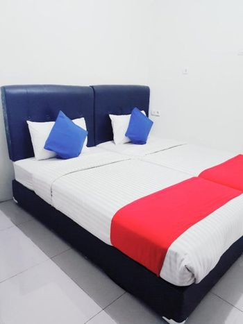 Jabrix Hotel Bandung - Deluxe Room Only on Pegipegi