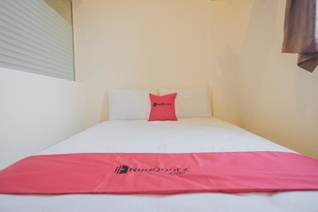 RedDoorz near Lippo Plaza Jambi Jambi - RedDoorz Room Basic Deal